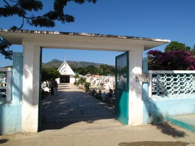 Timor Leste Overview & History - Dili's Santa Cruz cemetary