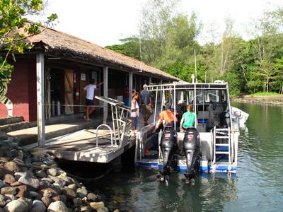 Walindi Dive Resort - Dive Boat