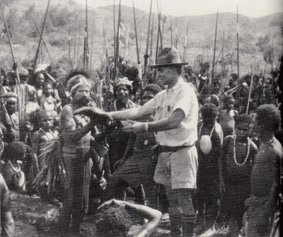 First Contact in Papua New Guinea - Michael Leahy in 1934