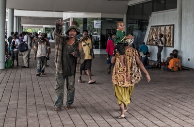 Transit in Port Moresby - The Walk of Fear...