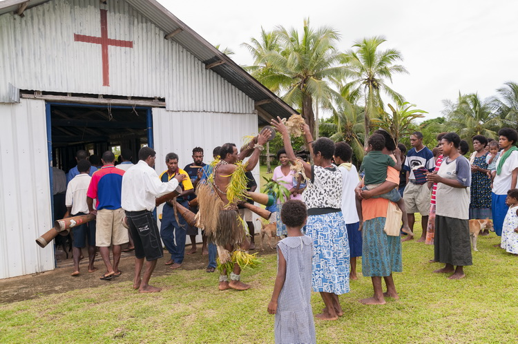 Village Life in Tufi - Sunday morning at Orotoaba Anglican church